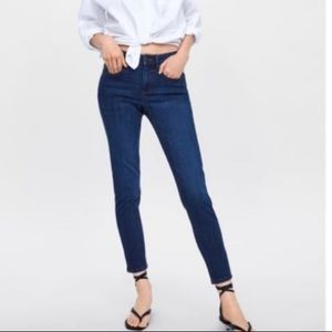 Zara Z1975 basic denim skinny jeans in EUC